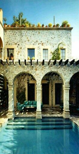 Luxury Estate- ♔LadyLuxury♔
