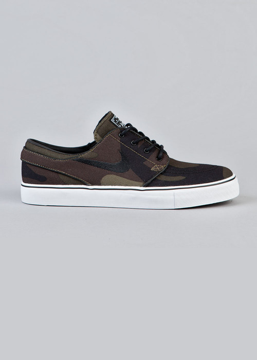 sports shoes 82105 8a6fb guys ish is always so much better than girls Janoski Shoes, Nike Sb Janoski,
