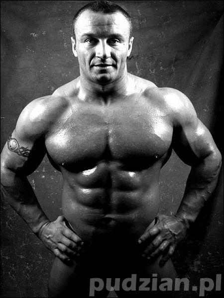 moore Mature bodybuilder wanda