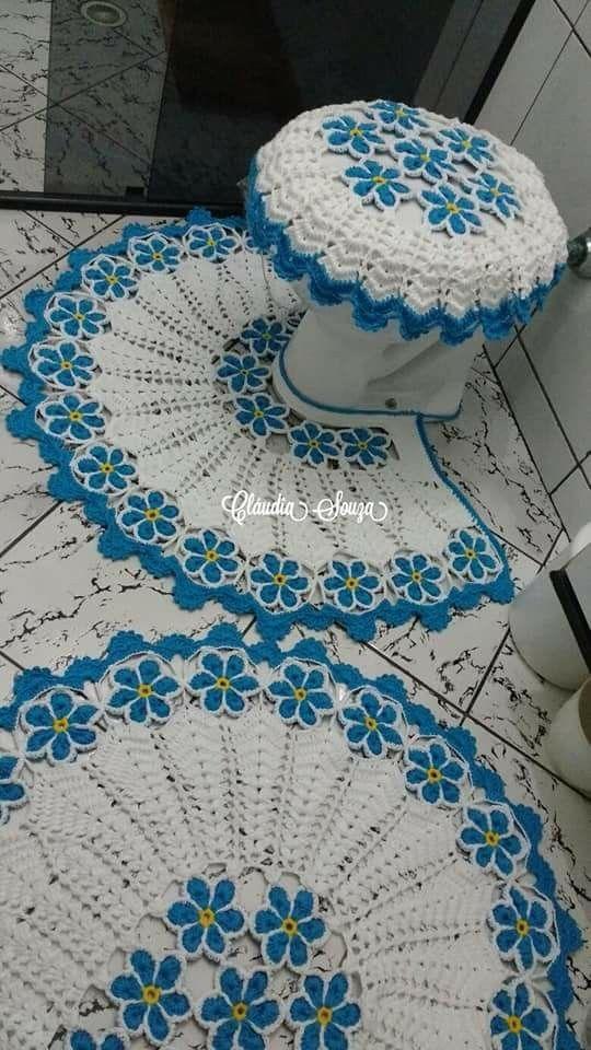 Jogo de banheiro de croche azul
