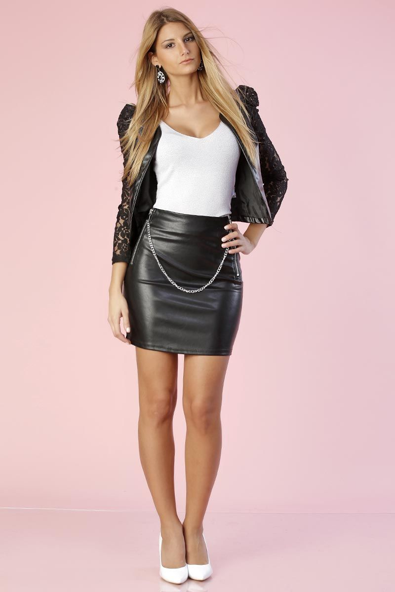 d07f8cdf75e10a Leather skirt with chain embellishment | Leather Women | Jupe cuir ...