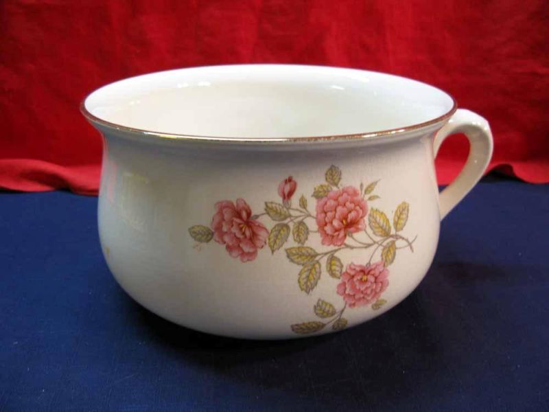 Crown Devon Floral Pattern Chamber Pot Made in Staffordshire  England. Crown Devon Floral Pattern Chamber Pot Made in Staffordshire