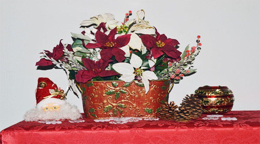 New to SeasonalBoutique on Etsy: Christmas Elegance Christmas Floral Arrangement Table Decoration (78.00 USD)