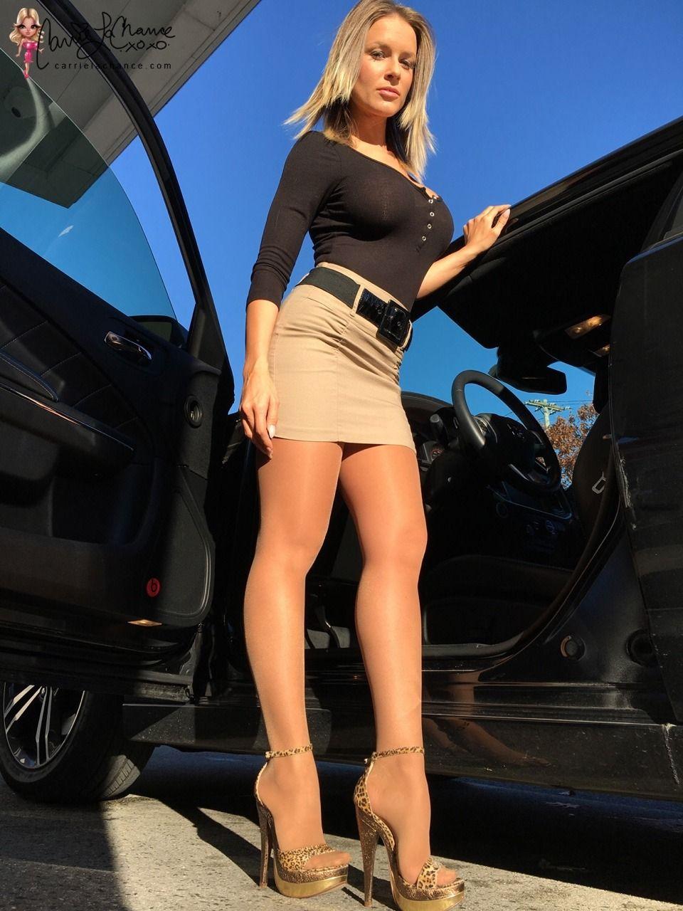 Sexy short mini skirts