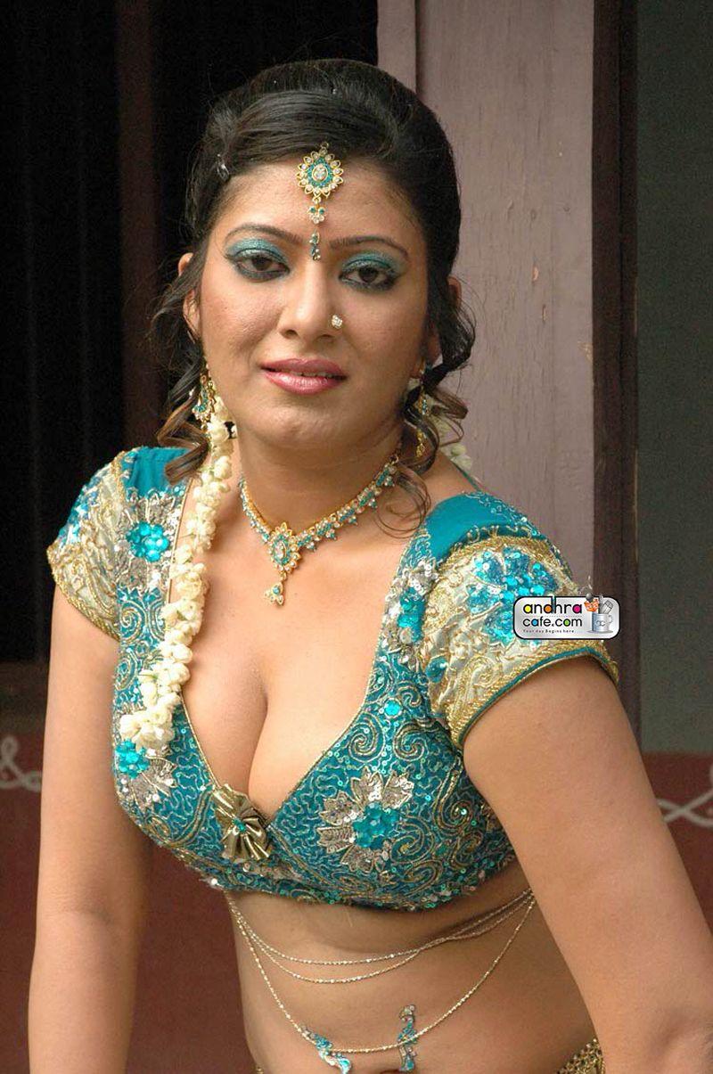 Telugu sexy anty images Akira