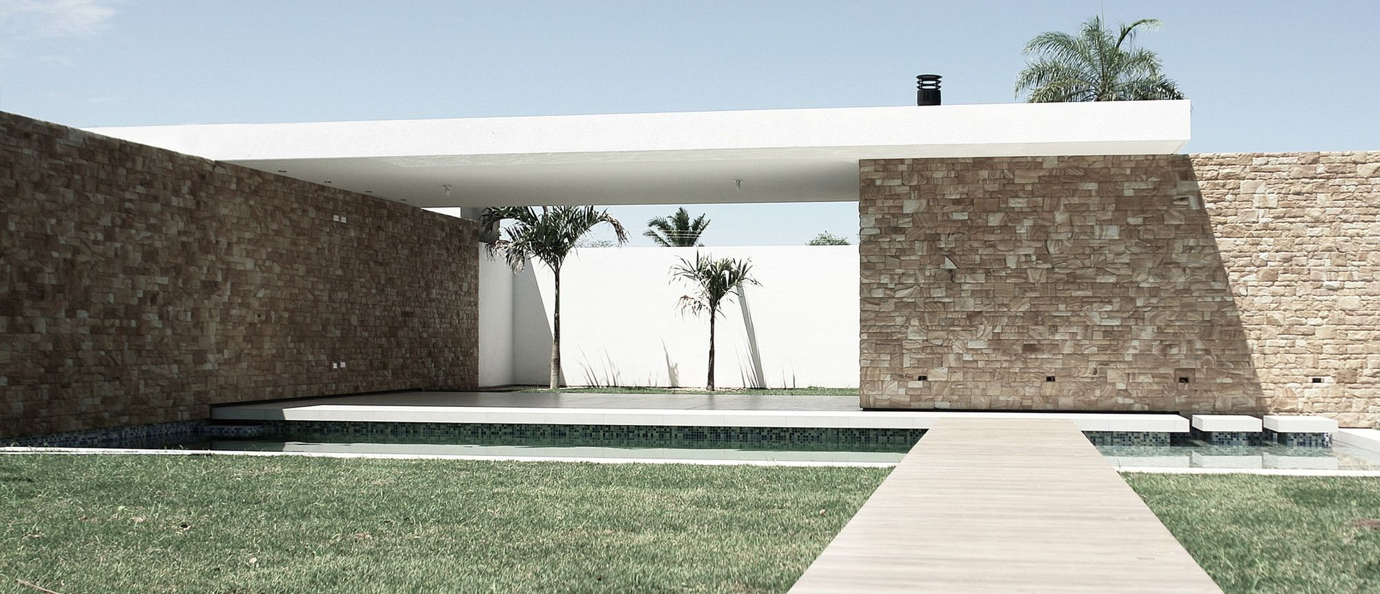 Image 12 of 21 from gallery of c house sommet asociados photograph by