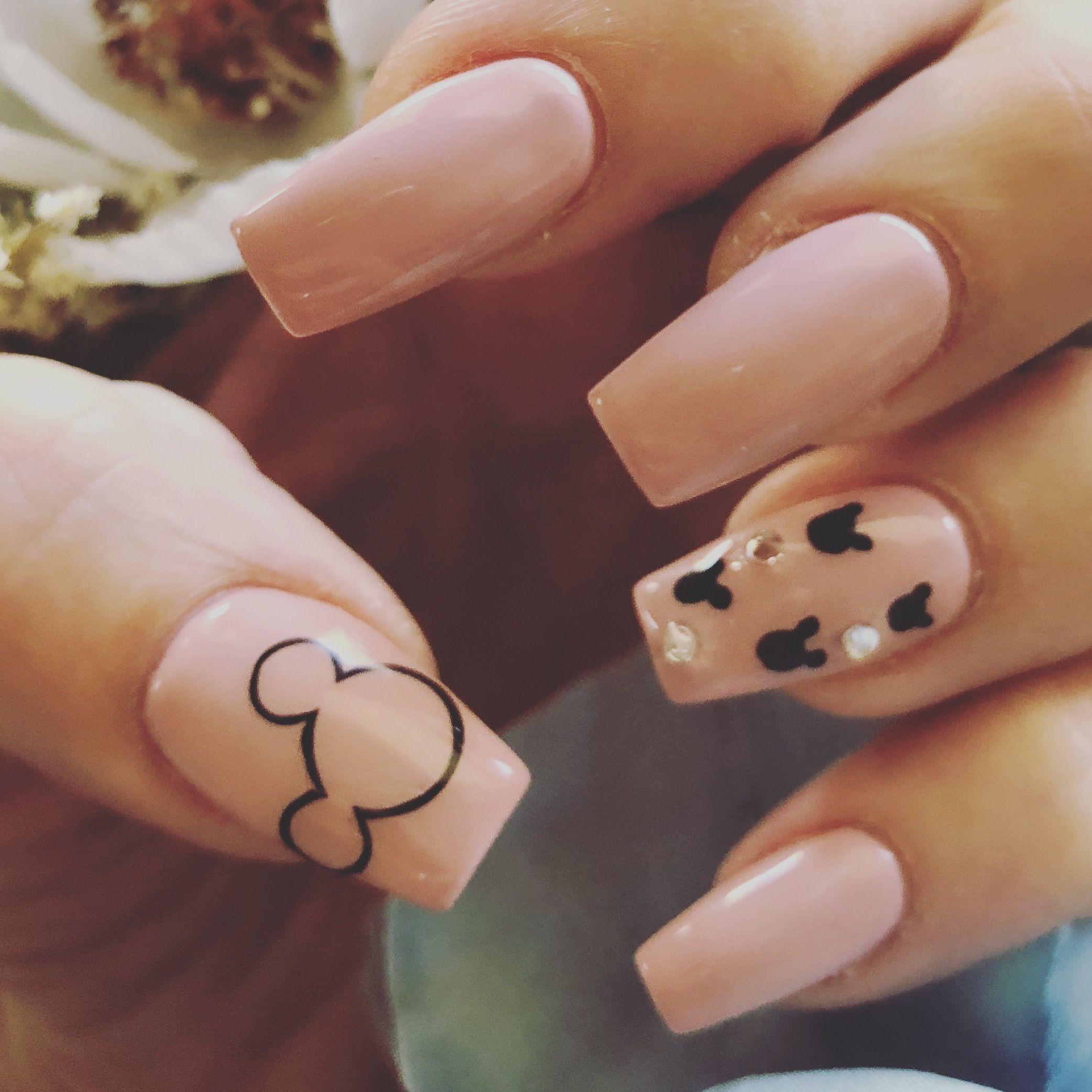 Love My Nails Disney Pink Bling Mickey Disneyacrylicnails Disneyland Nails Minnie Mouse Nails Disney Acrylic Nails