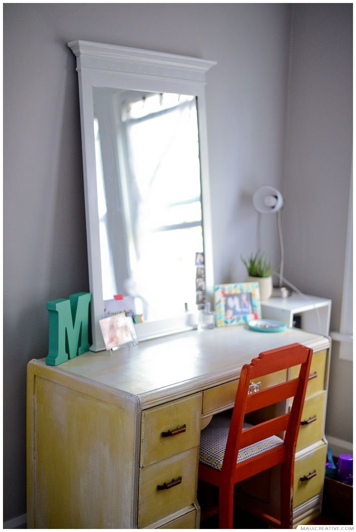 My favorite DIY. Handmade Clothes Rack. DIY Clothes Rack. Boudoir Dressing Room, Dressing room. Refinished furniture, repurposed furniture, handmade, DIY Dressing Room http://blog.mauicreative.com/favorite-diy/