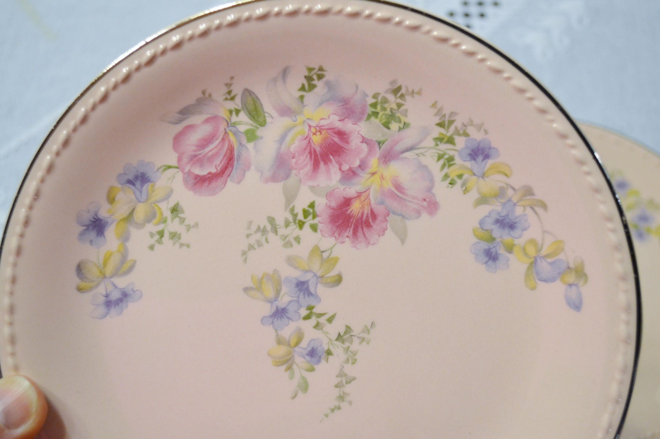 Vintage Taylor Smith Taylor Pink Fruit Bowl Set of 5 Orchid Iris Floral Pattern TST193 Replacement PanchosPorch