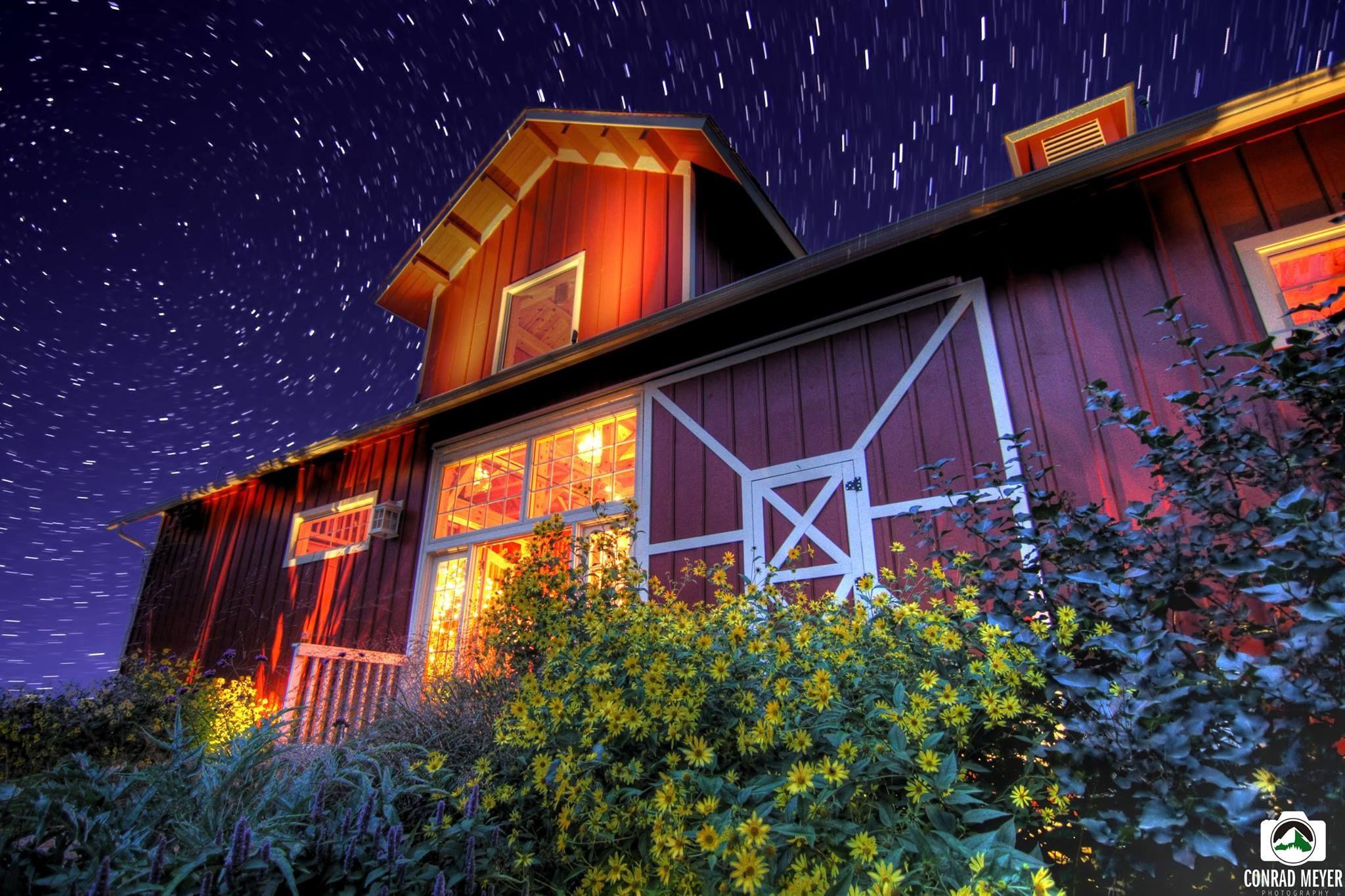 De Novo Barn Decorah, Ia House styles, Decorah, Wedding