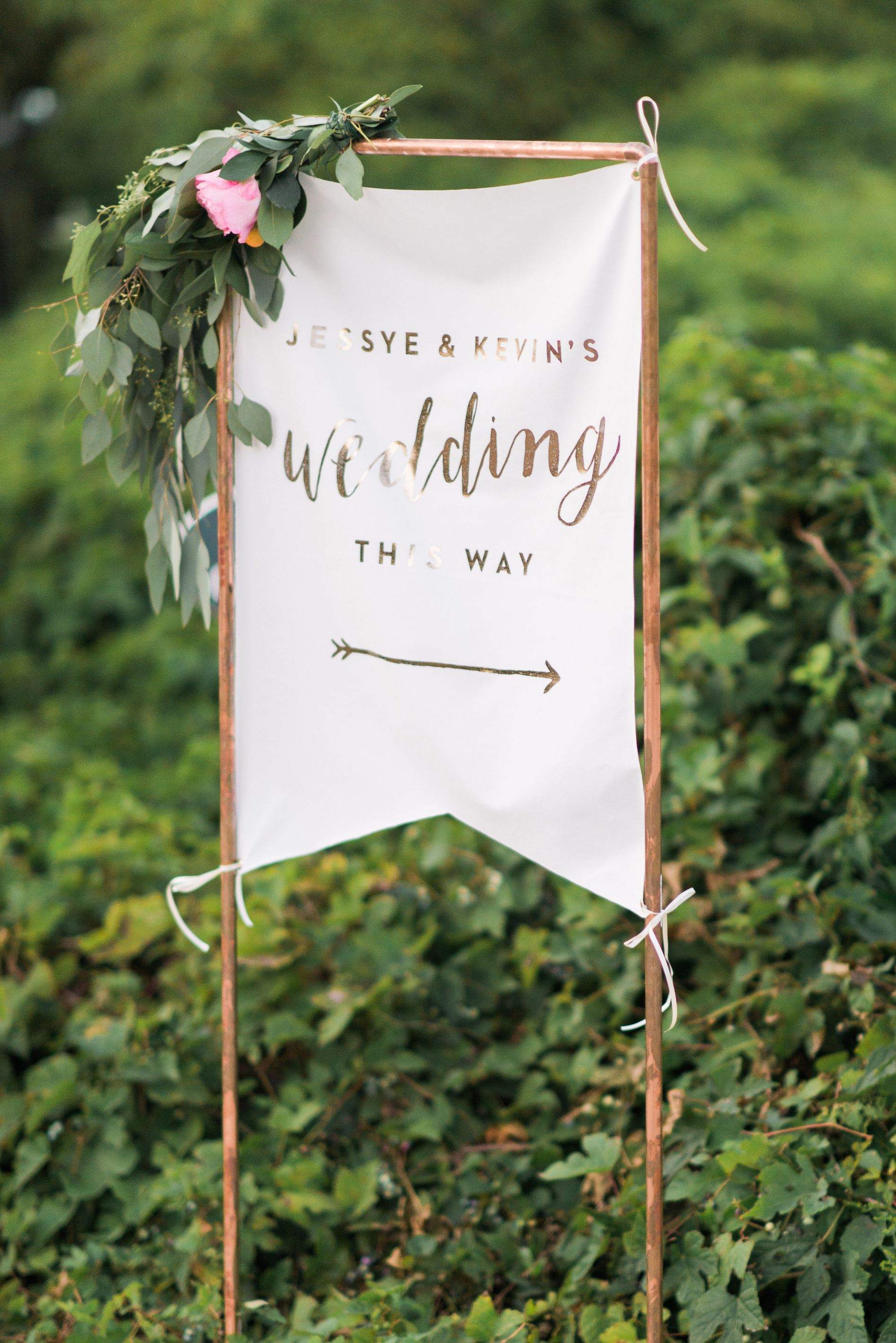 Desktop diy wedding signs and banners for using a cricut machine smartphone high resolution ger bride jessye of city tonicus colorful