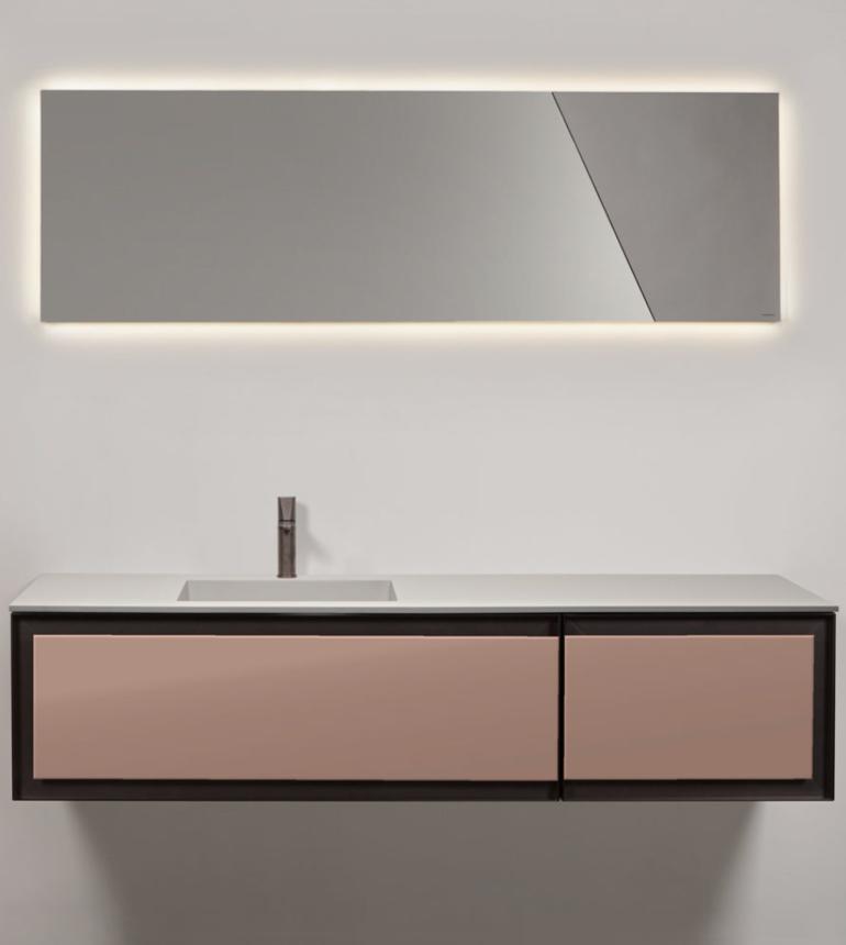 Salle De Bain Mobilier Bathroom Miroir Rectangulaire Suspendu Luminaire Meuble Noir Revetement Blanc Ti Salle De Bain Miroir Rectangulaire Meuble Salle De Bain