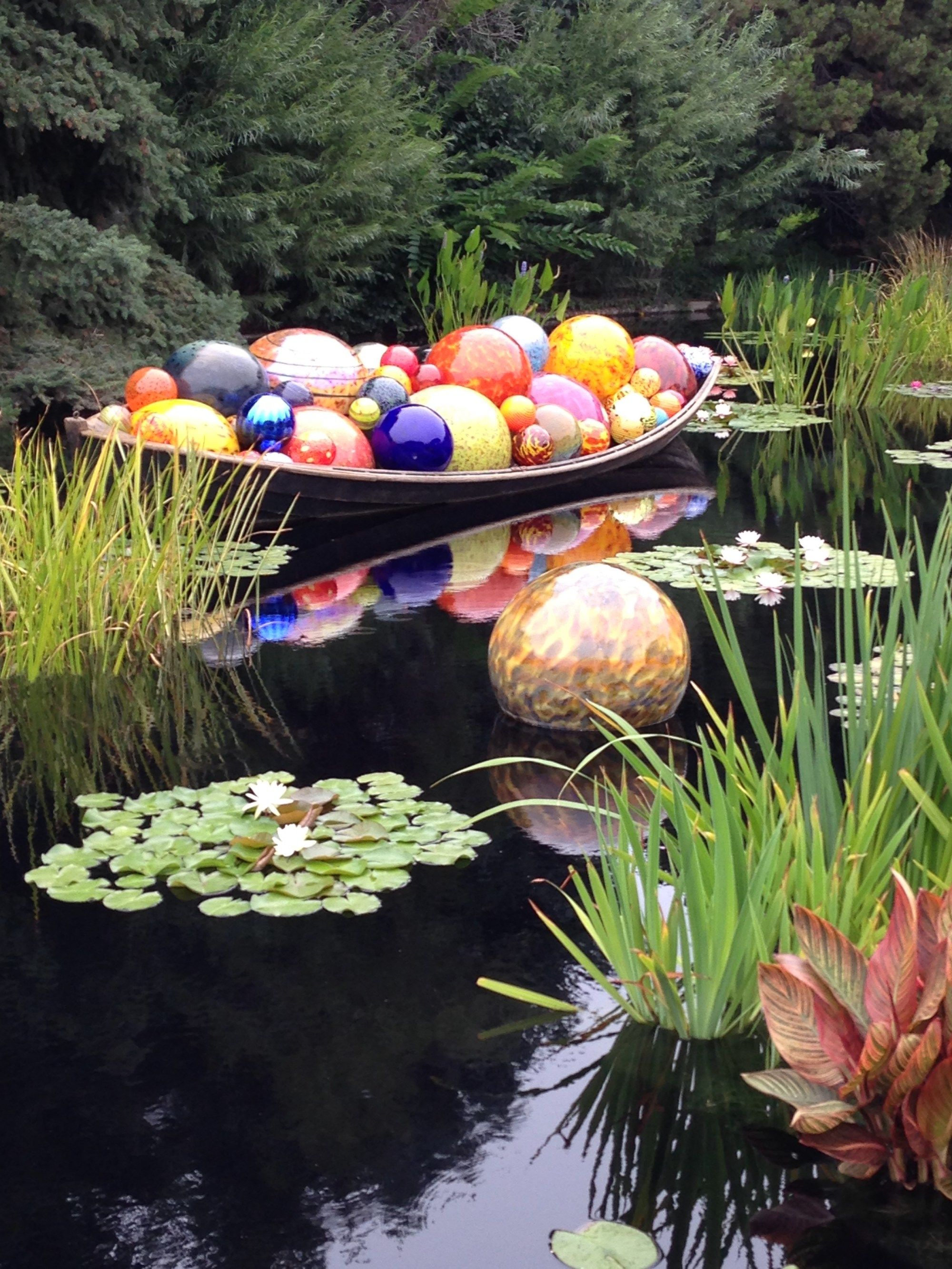 36f7678f1511067f4c4bd16f73b17603 - Chihuly Exhibit At Ny Botanical Gardens