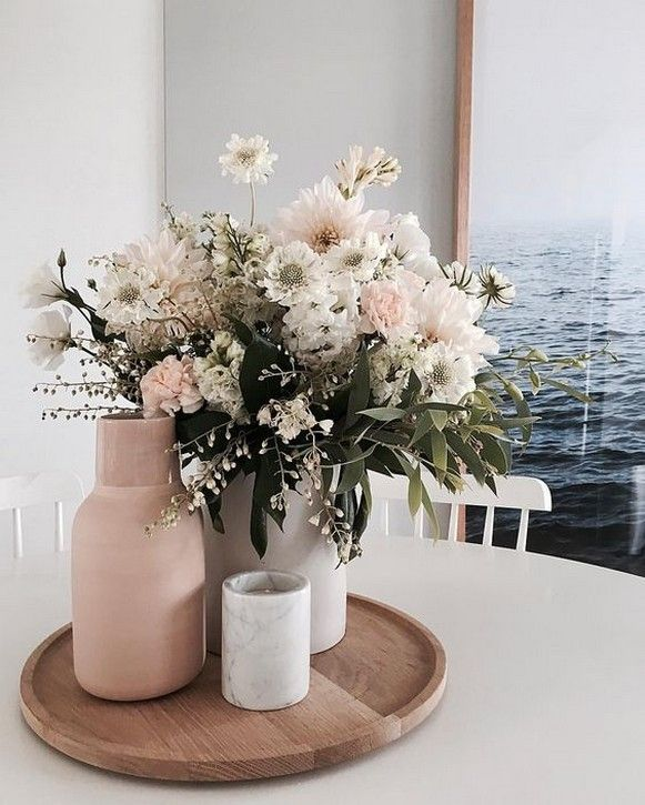 60+ Inspiring Fresh Flowers for Refreshing Your Dining Room