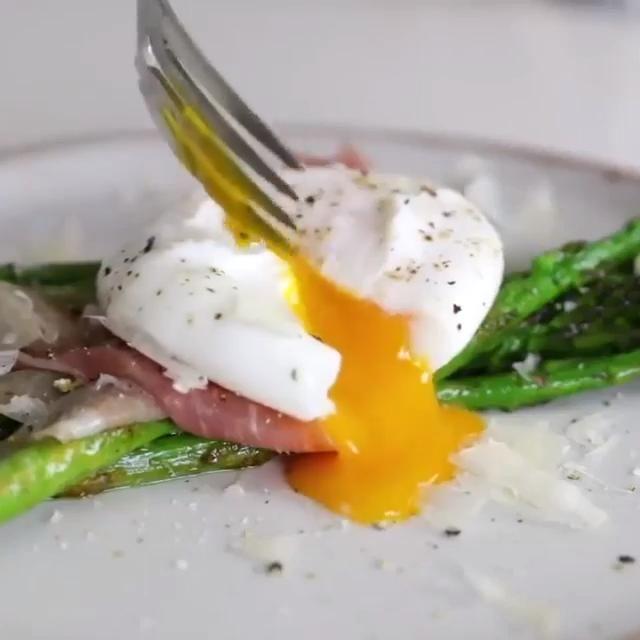 Braconnier A Oeufs Laetizya Lot De 4 Video En 2020 Trucs Et Astuces Cuisine Recettes De Cuisine Trucs De Cuisine