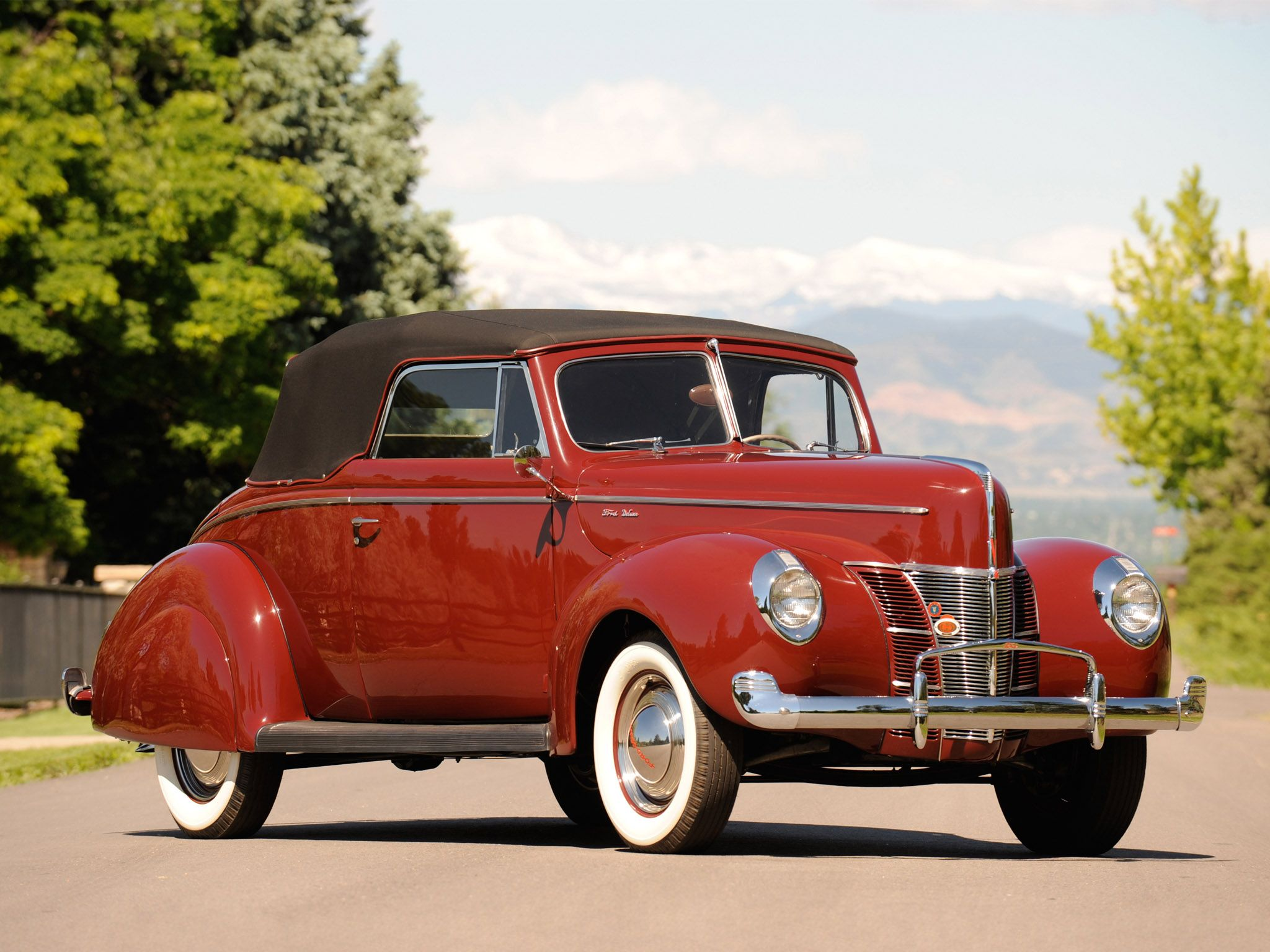 1940 Ford Deluxe Convertible Coupe Retro Wallpaper 2048x1536 104568 Wallpaperup 1940 Ford Classic Cars Trucks Hot Rods Classic Cars Vintage