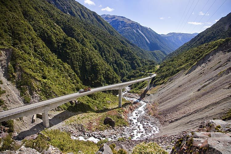 Otira Viaduct at the start of the descent to the west, see more, learn more, at New Zealand Journeys app for iPad www.gopix.co.nz