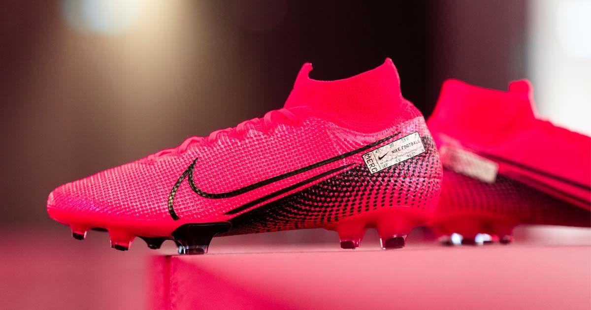 adoptar Año A fondo  100+ NIKE ideas in 2020 | nike, football boots, nike football