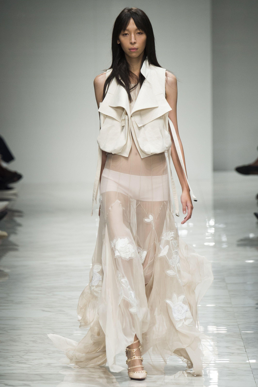 Blumarine Spring 2016 Ready-to-Wear Fashion Show - Chiara Mazzoleni