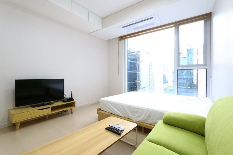 -New builiding prugio Walk in 3mins Gangnam stn fully furnished studio style-