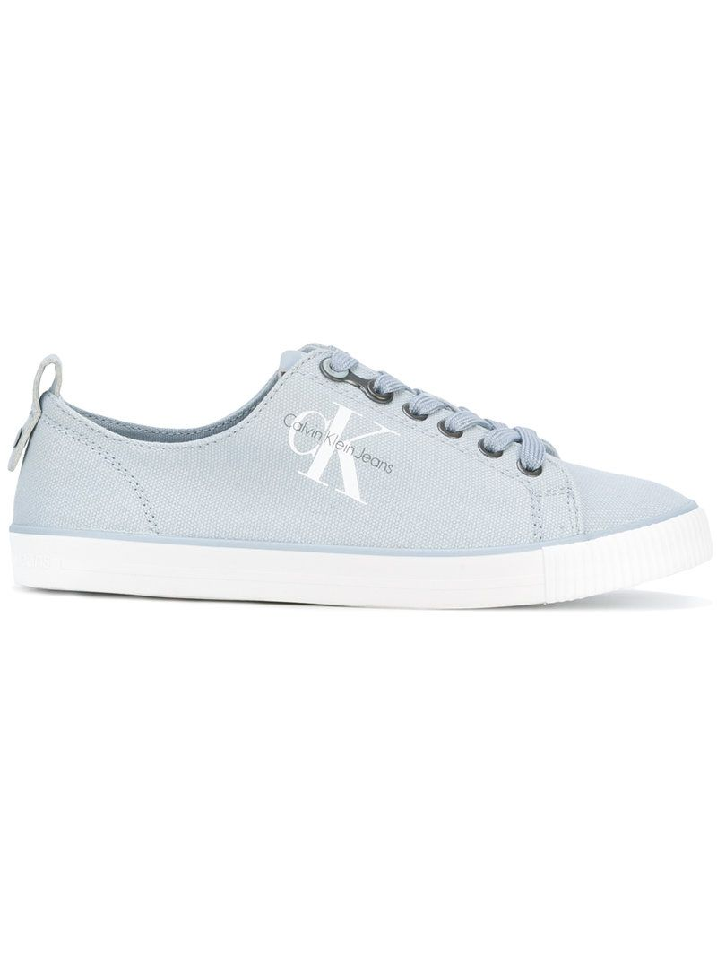¡Consigue este tipo de deportivas de Calvin Klein ahora! Haz clic para ver los detalles. Envíos gratis a toda España. Calvin Klein - Canvas Logo Trainers - Women - Tactel/Rubber - 36: Light blue canvas logo trainers from Calvin Klein. Size: 36. Gender: Female. Material: Tactel/rubber. (deportivas, sport, deporte, deportivo, fitness, deportivos, deportiva, deporte, trainers, sporty, plimsoll, sportschuhe, tenis, chaussures sportives, sportive, deportivas)