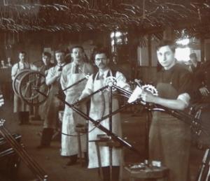 1890′s Schwinn Factory Photos