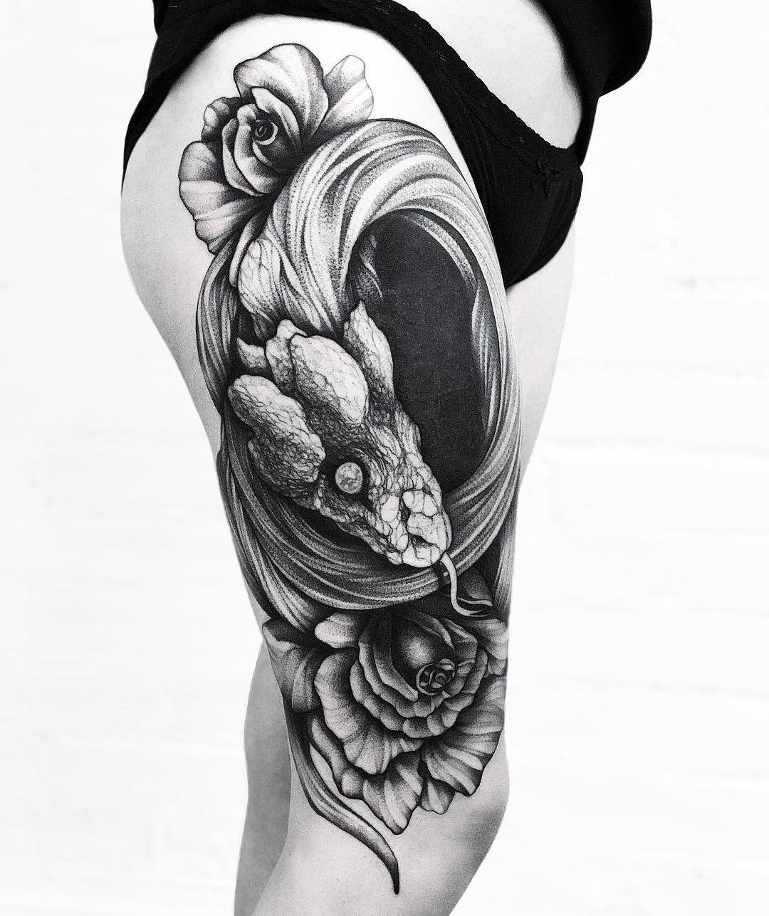 Best Snake Tattoos Designs Ideas // August, 2020 Waist