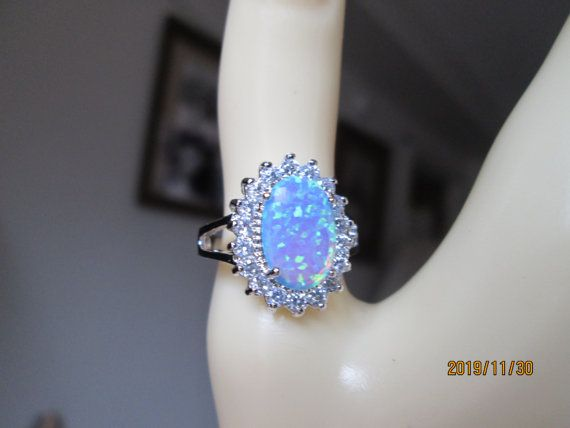 Vintage Natural Blue Australian Fire Opal & simulated White Topaz 925 Sterling Silver Ring Size 7.5, Weight 4 Grams
