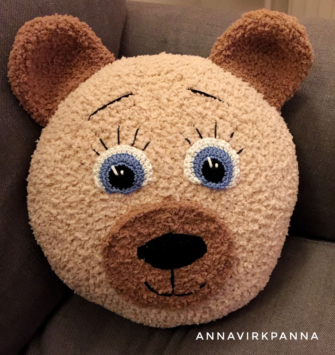Teddy Bear Pillow - English at end of post - Free Crochet Pattern ...