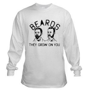 BEARDS THEY GROW ON YOU FUNNY BEER DRINKING GEEK GAMER NERD LONG SLEEVE T-SHIRT