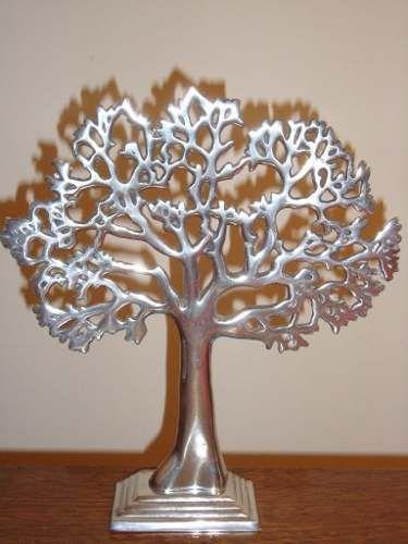 Árbol en aluminio fundido