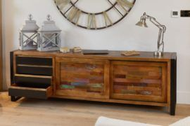 5 reasons why every home needs a sideboard