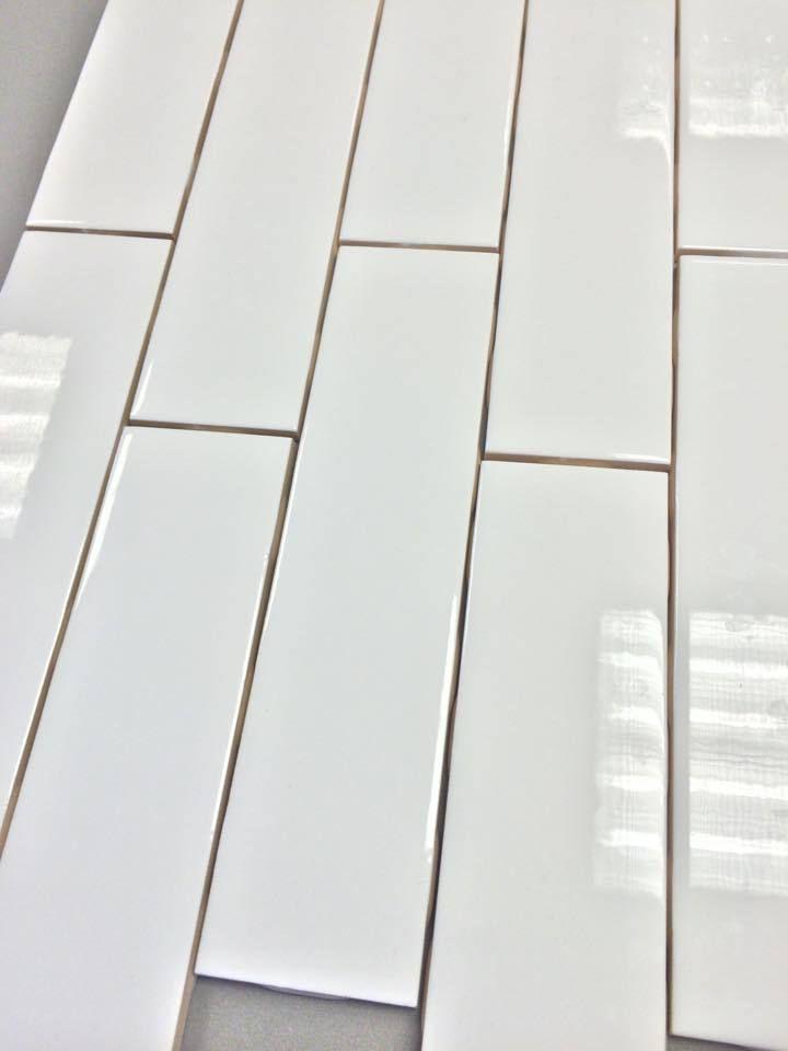 Clearance Metro Subway Tile Bright White 2 X 8 Ceramic Wall Tile 3 29 Per Square Foot 9 Pieces Per Square Foot Ceramic Wall Tiles Wall Tiles Subway Tile