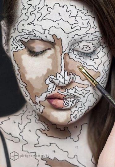 Канадка создаёт удивительные рисунки у себя на губах ...