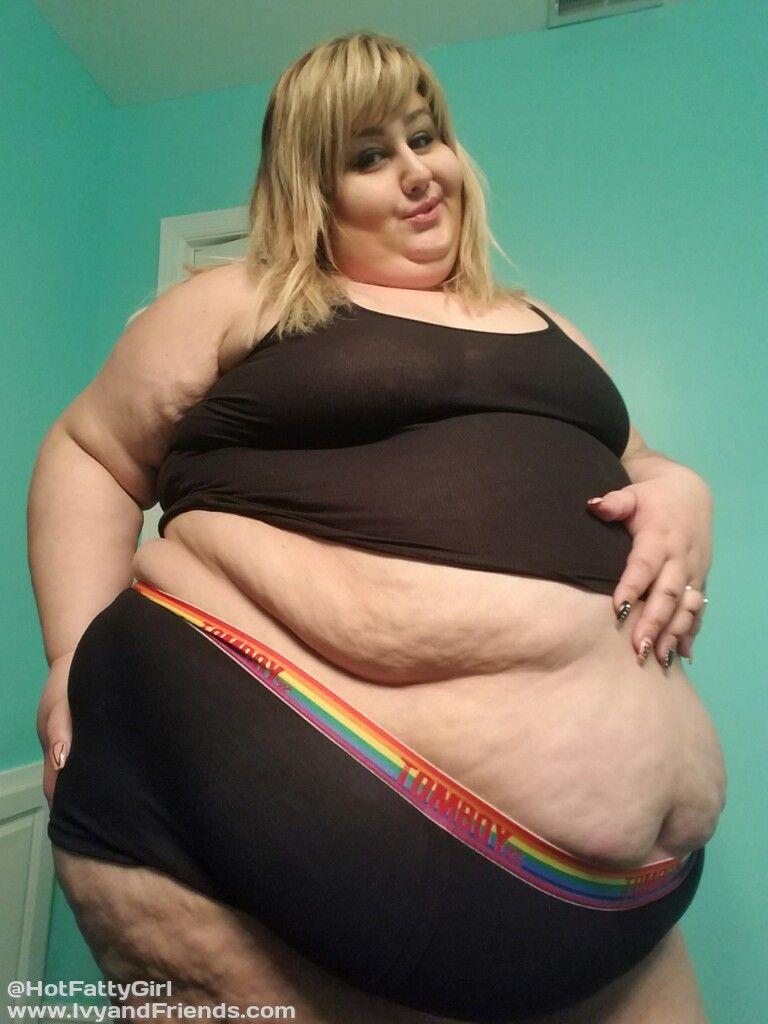 girls-hot-fatty-girl-ivy-belly-fuck-gmaes