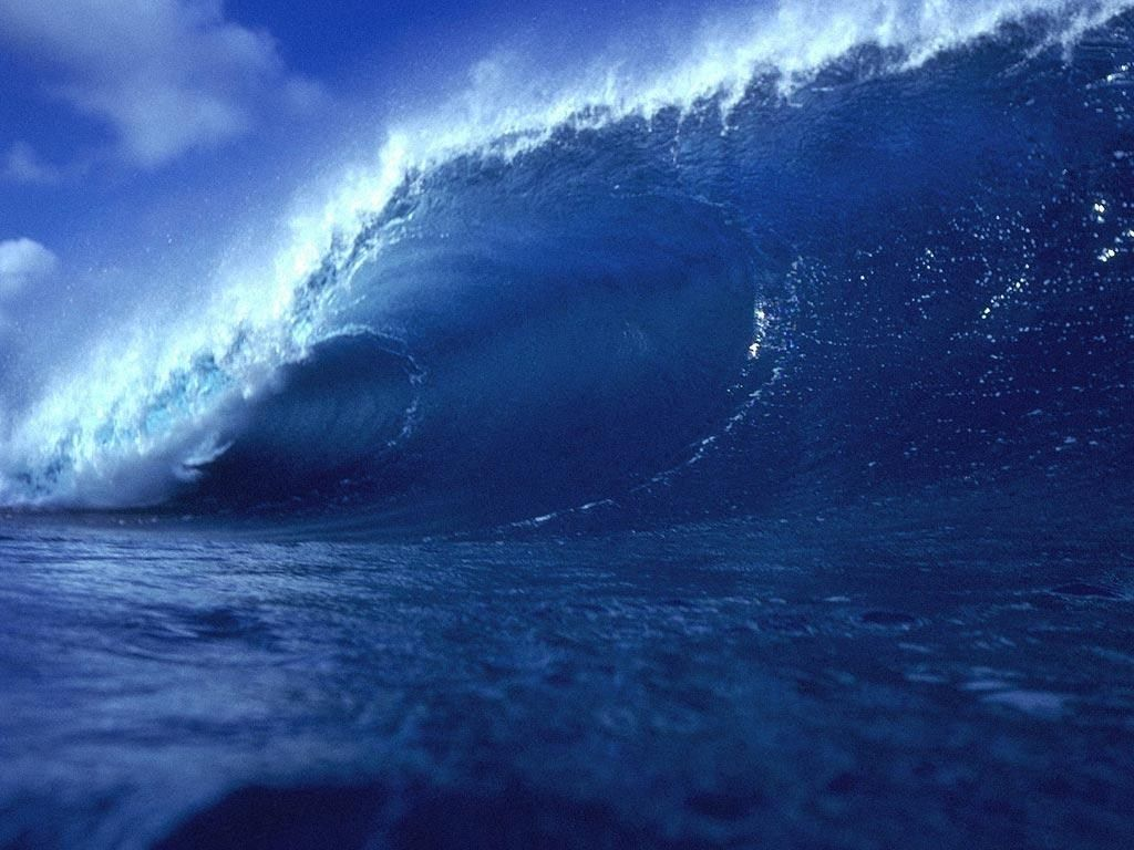 Over Time Energy From Storm Generates Larger Larger Waves That Begin To Gain Some Organization As They Move Away From Active Generat Waves Ocean Waves Ocean