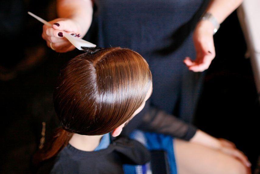 HOW-TO: The Elegant V-Shaped Ponytail by Antoinette Beenders   Modern Salon