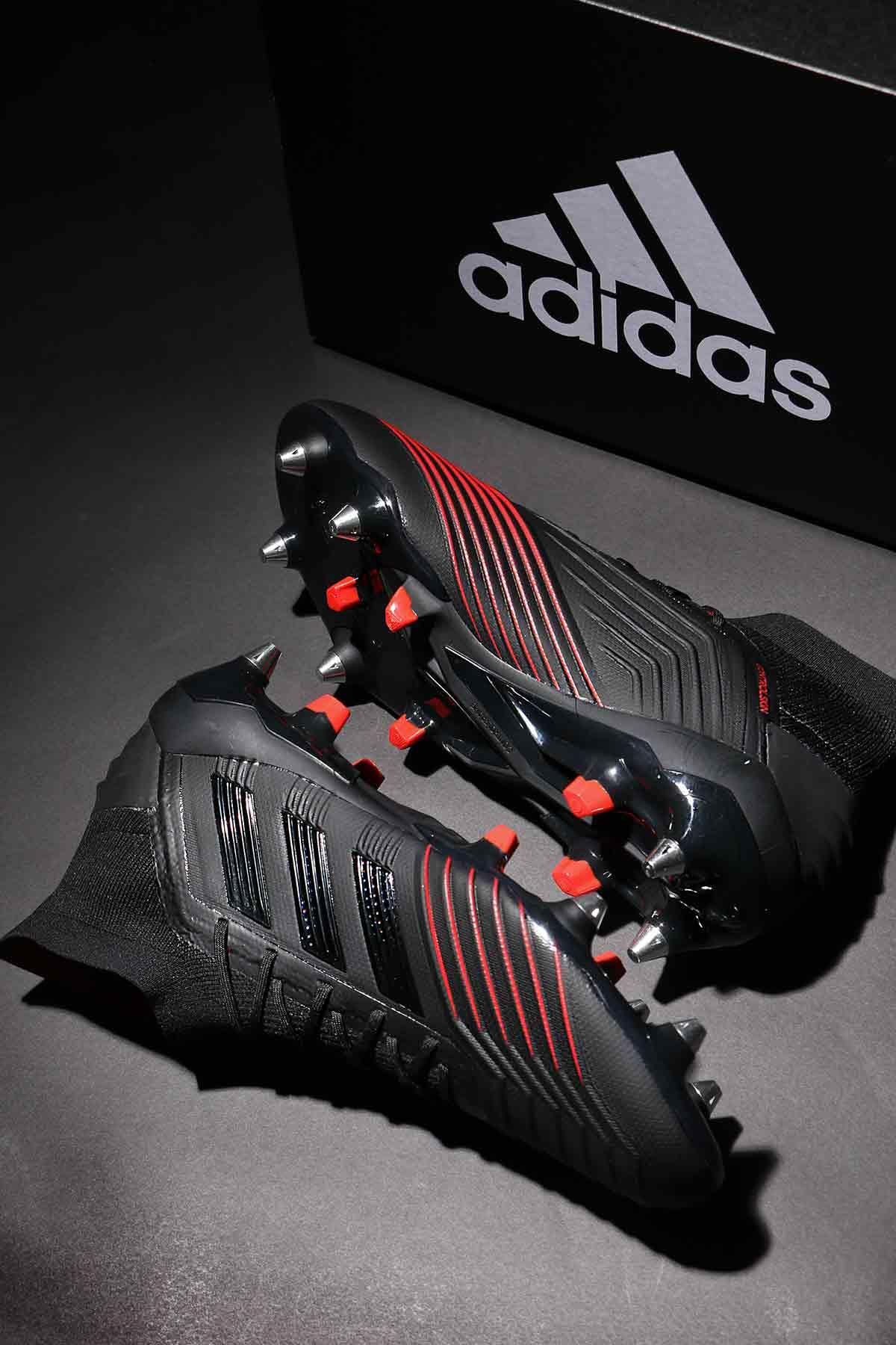 san francisco a1f80 6299c Nuevas botas de fútbol adidas Predator en negro y rojo, de la colección  Archetic.  futbolmania  adidasfootball  adidaspredator