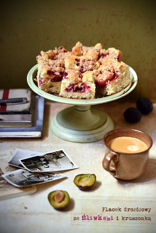 Plum yeast cake by Pieprz czy Wanilia