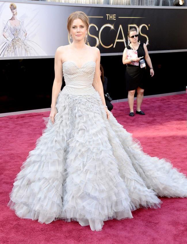 Amy Adams // stylist: Oscar De La Renta