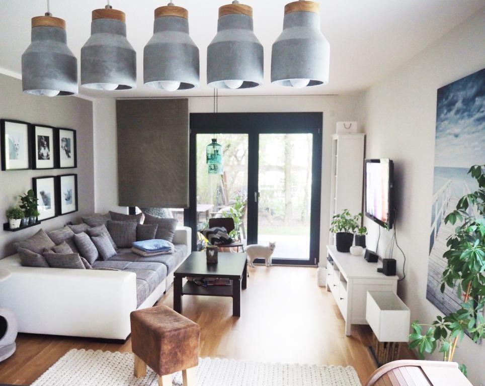 Stilvolles Wohnzimmer mit riesigem, gemütlichen Sofa! Das Zimmer - wohnzimmer gemutlich einrichten