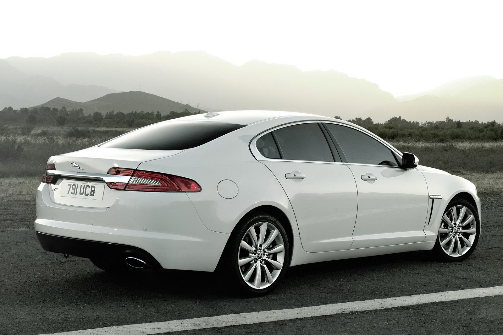 Absolutely Love The Jaguar Xf With Images Jaguar Car Jaguar