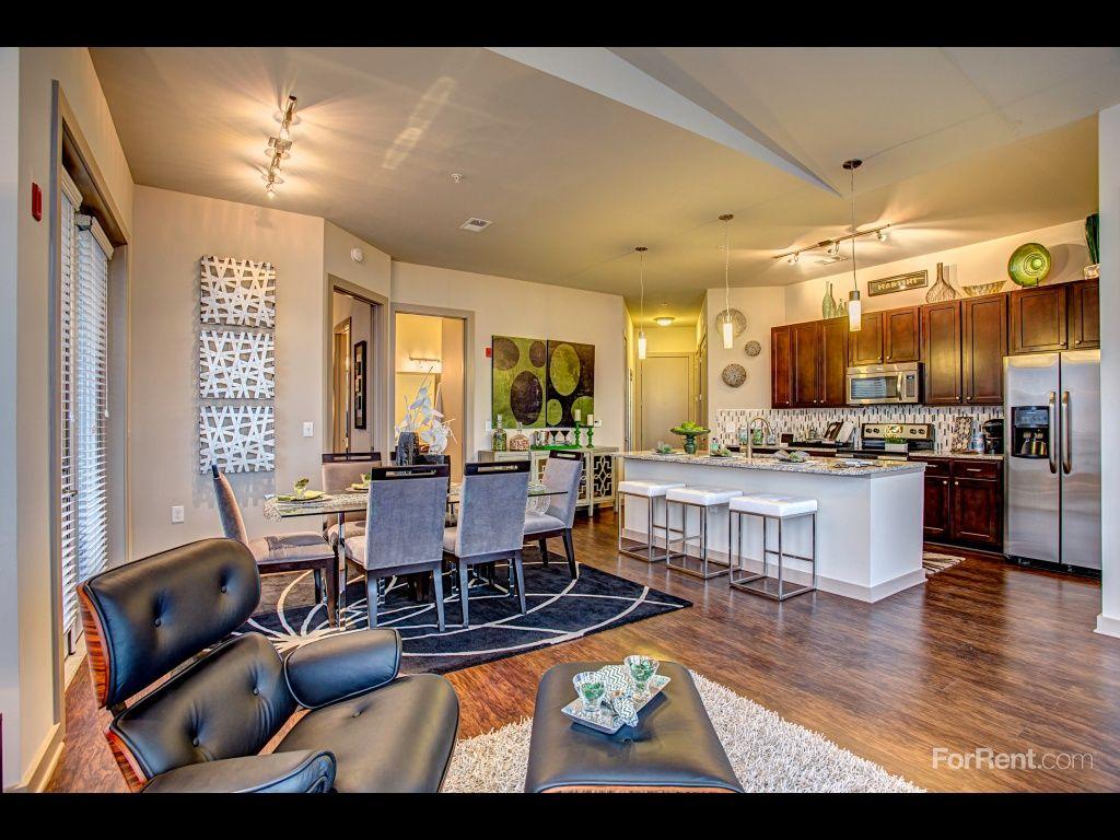 1505 Demonbreun Apartments For Rent In Nashville Tn Forrent Com Apartment Communities Apartments For Rent Apartment