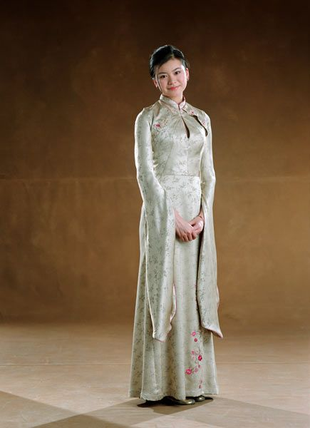cho chang\u0027s yule ball dress I love the embroidery on this