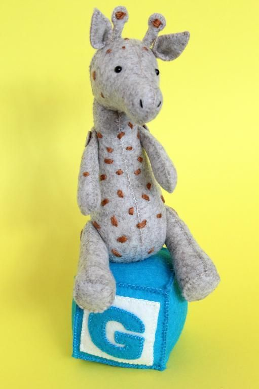 G is for Giraffe by ricrac | Sewing Pattern -