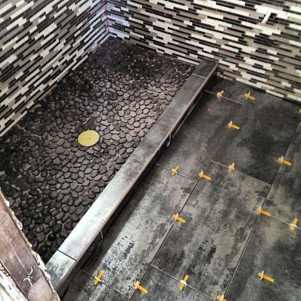 Diy pebble tile shower floor pebble tile shower floor small diy pebble tile shower floor solutioingenieria Image collections