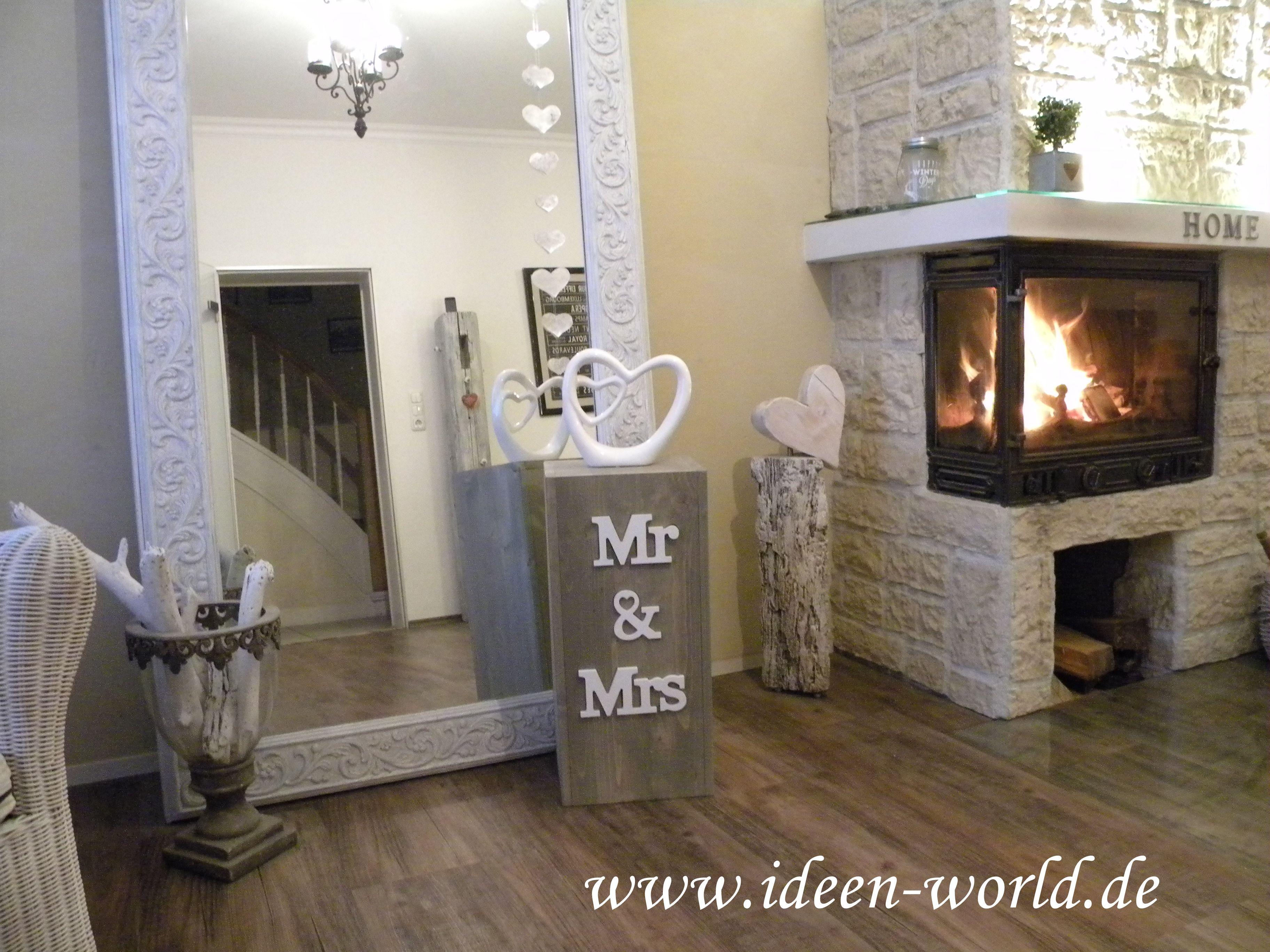 holzs ule mit eingelassenem schriftzug mr mrs inclusive deko holzs ulen holzs ule deko. Black Bedroom Furniture Sets. Home Design Ideas