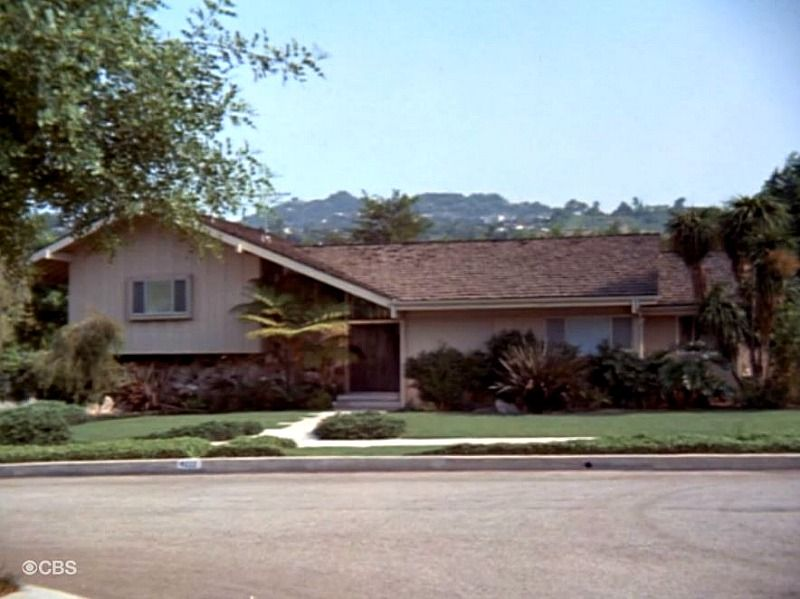 The Brady Bunch House Through the Years - Hooked on Houses