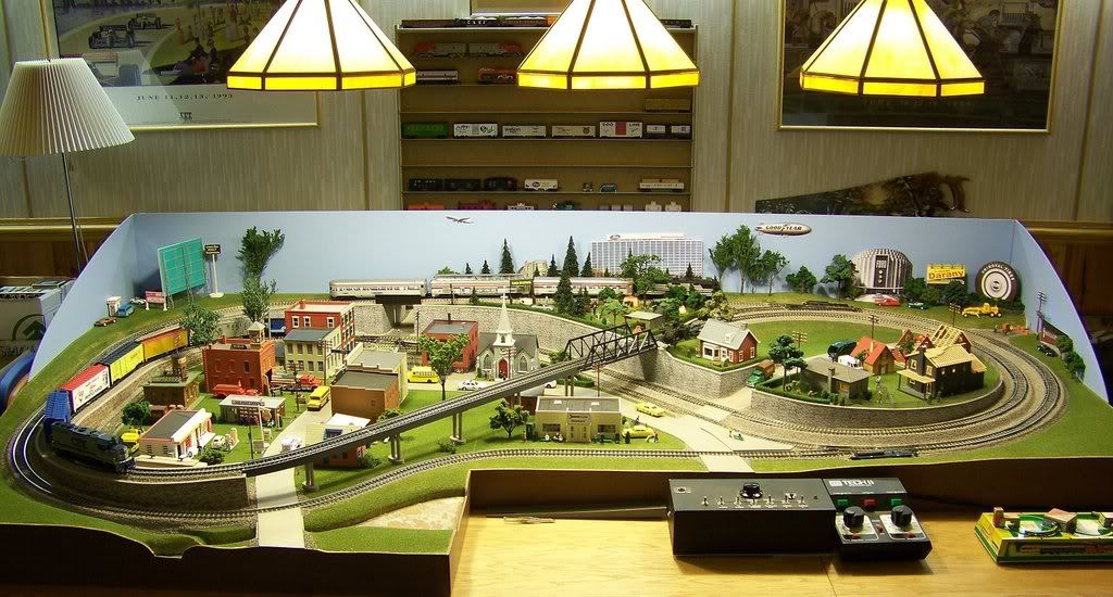 4x8 ho train layout 3 trains google search train garden pinterest model train google - Ho scale layouts for small spaces concept ...