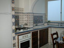Realizzazione di Cucine in Muratura Vietresi - Compra su Ceramiche ...